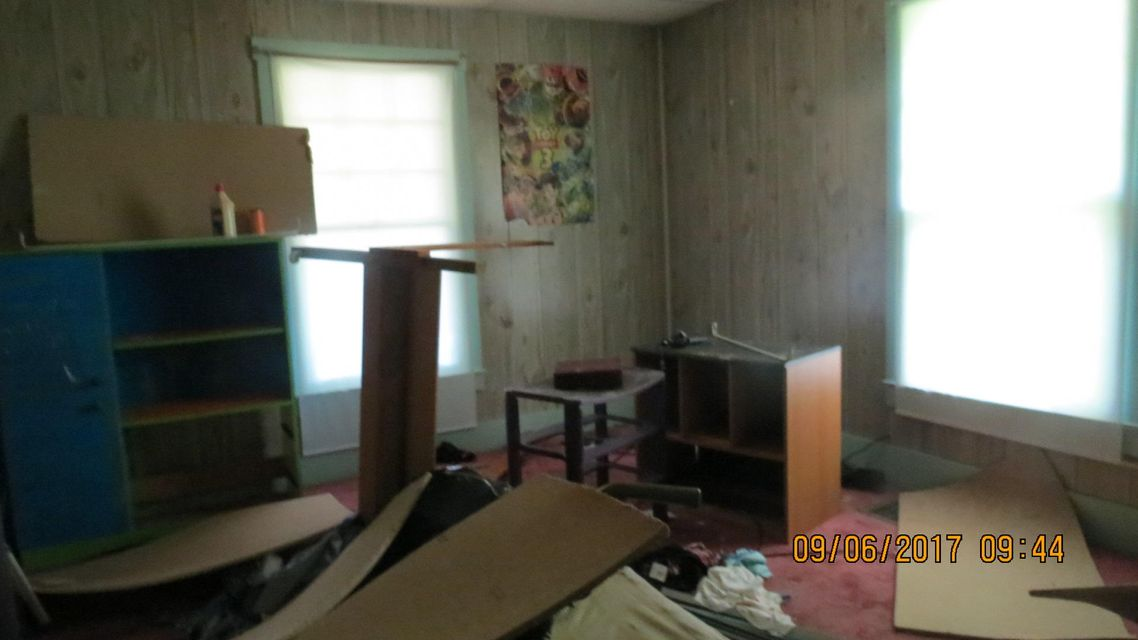 Additional photo for property listing at 188 N Main Street 188 N Main Street Oneida, 田纳西州 37841 美国