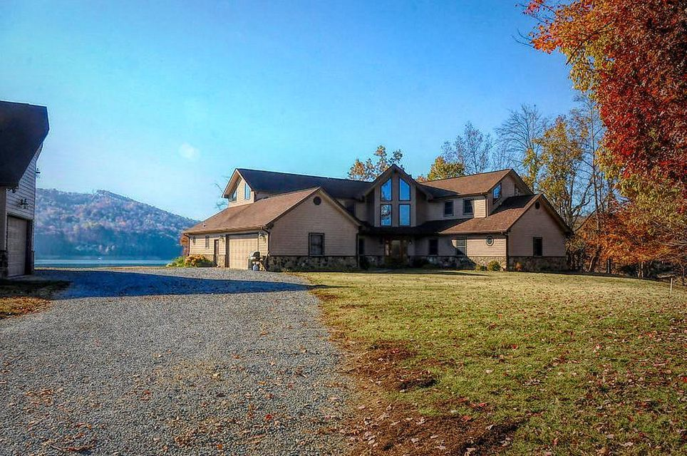 Single Family Home for Sale at 214 Shelly Drive 214 Shelly Drive Sharps Chapel, Tennessee 37866 United States