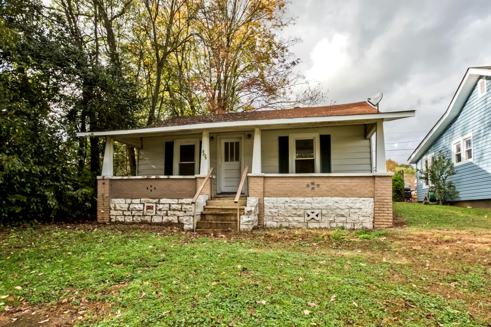 Single Family Home for Sale at 2325 Cedar Lane 2325 Cedar Lane Knoxville, Tennessee 37918 United States
