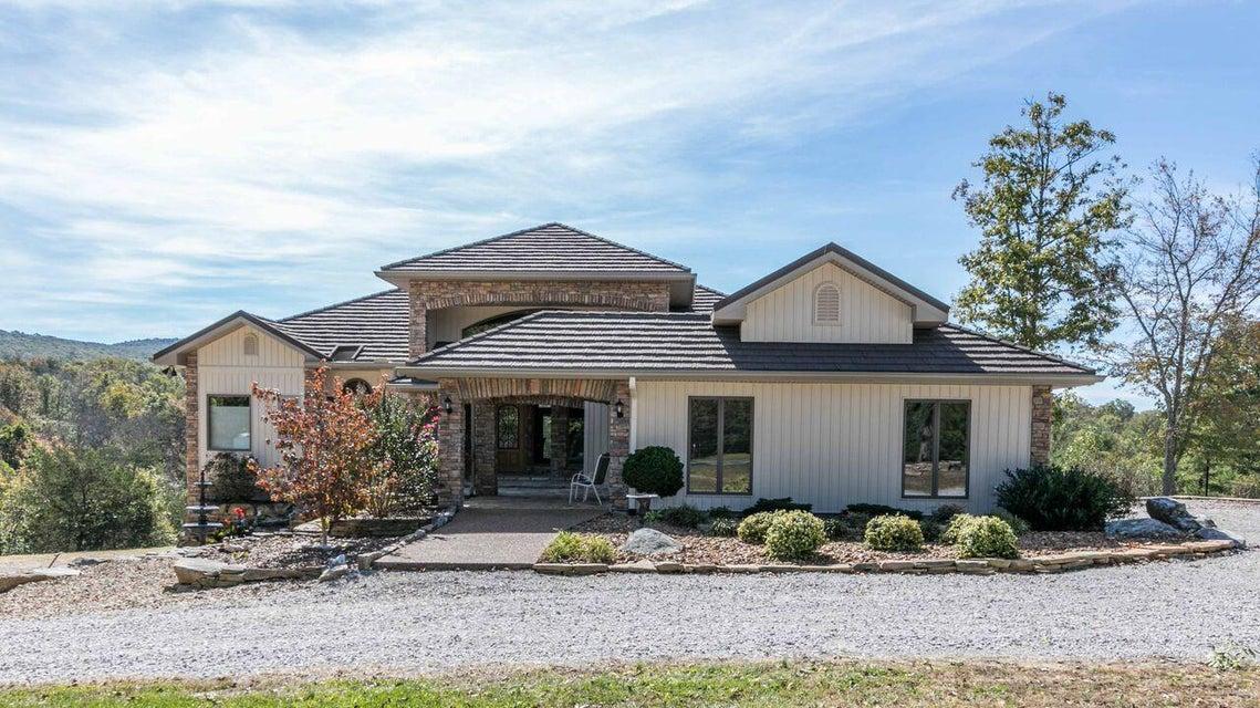 Maison unifamiliale pour l Vente à 311 Meridian Road 311 Meridian Road Crossville, Tennessee 38555 États-Unis