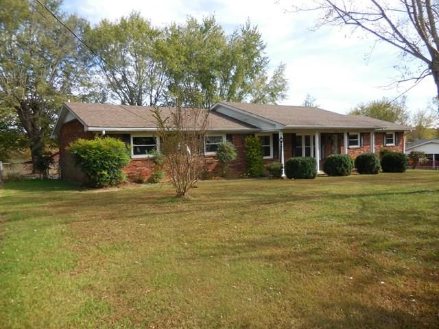 Additional photo for property listing at 509 N 1st Avenue 509 N 1st Avenue Baxter, Tennessee 38544 Estados Unidos