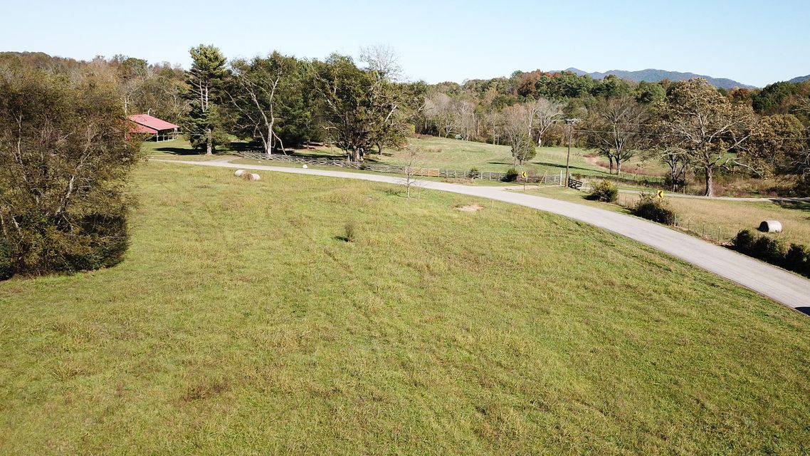 Additional photo for property listing at Lot 7 Chilhowee View Road Lot 7 Chilhowee View Road Maryville, Tennessee 37803 United States