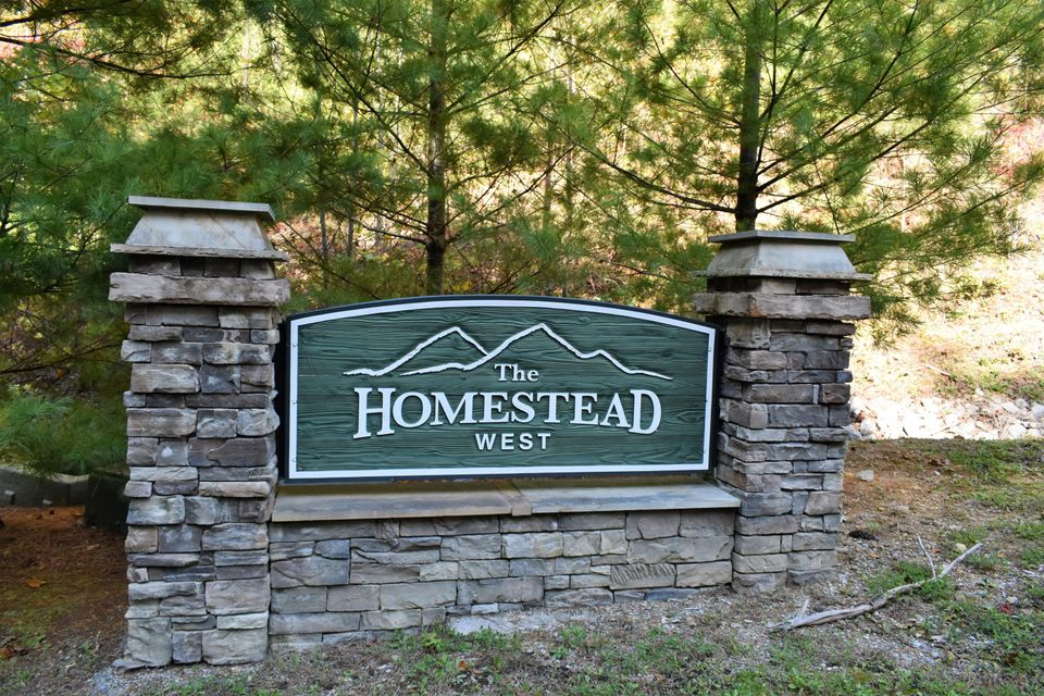 Additional photo for property listing at 211 Black Powder Court 211 Black Powder Court Walland, Tennessee 37886 United States