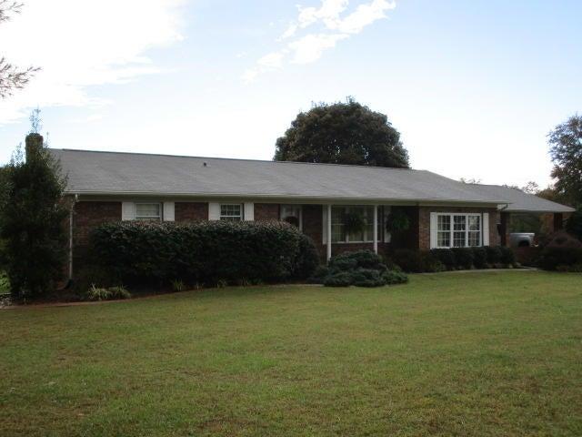 Maison unifamiliale pour l Vente à 7054 Rutledge Pike 7054 Rutledge Pike Rutledge, Tennessee 37861 États-Unis