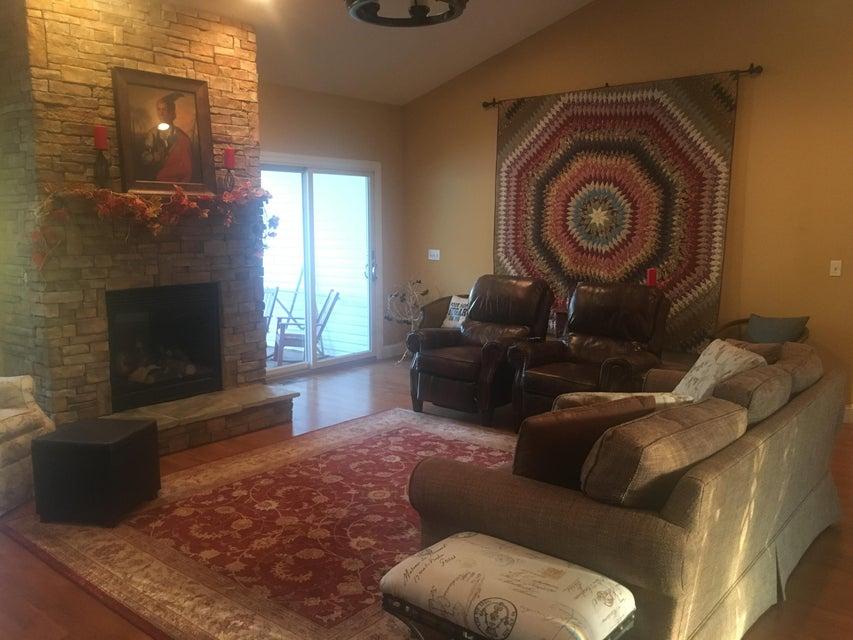 Additional photo for property listing at 581 Oak Road 581 Oak Road Jamestown, Tennessee 38556 Estados Unidos