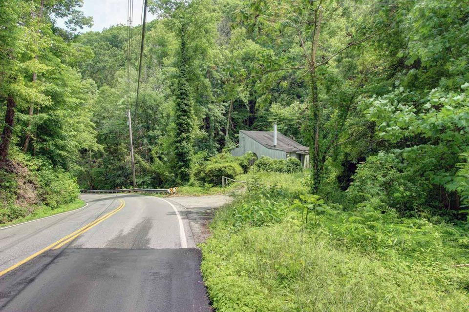Additional photo for property listing at 649 Ski Mountain Road 649 Ski Mountain Road Gatlinburg, Tennessee 37738 États-Unis