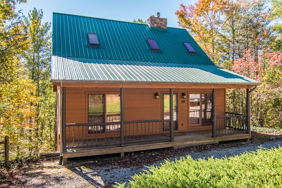 Casa Unifamiliar por un Venta en 218 Ace Gap Road 218 Ace Gap Road Townsend, Tennessee 37882 Estados Unidos