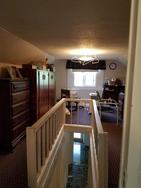 Additional photo for property listing at 1306 Old Allardt Road 1306 Old Allardt Road Jamestown, Tennessee 38556 United States