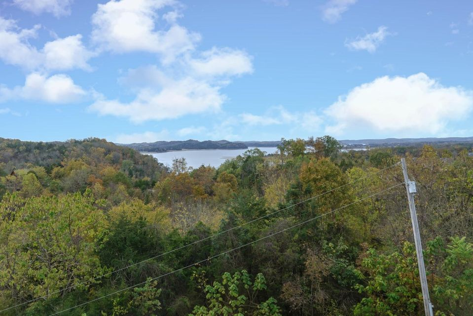 Additional photo for property listing at 3490 Caywood Road 3490 Caywood Road Dandridge, Tennessee 37725 United States