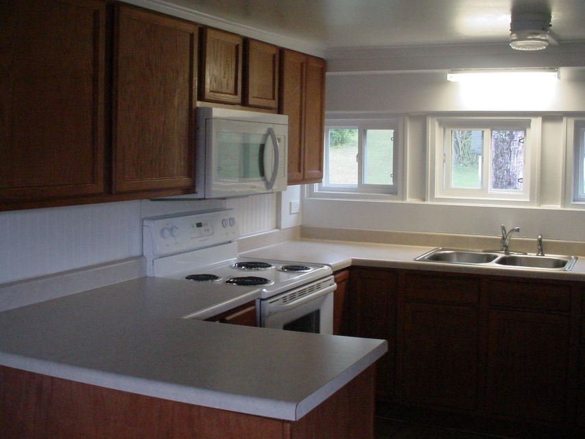 Additional photo for property listing at 808 S 15th Street 808 S 15th Street Lafollette, Теннесси 37766 Соединенные Штаты