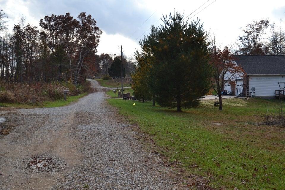 Additional photo for property listing at Dale Clingham Road Dale Clingham Road Crossville, Теннесси 38572 Соединенные Штаты