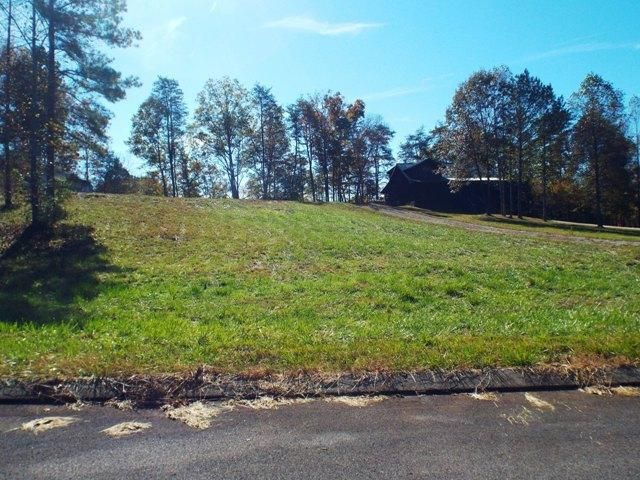Additional photo for property listing at 228 Rivers Edge Lane 228 Rivers Edge Lane Benton, Tennessee 37307 United States