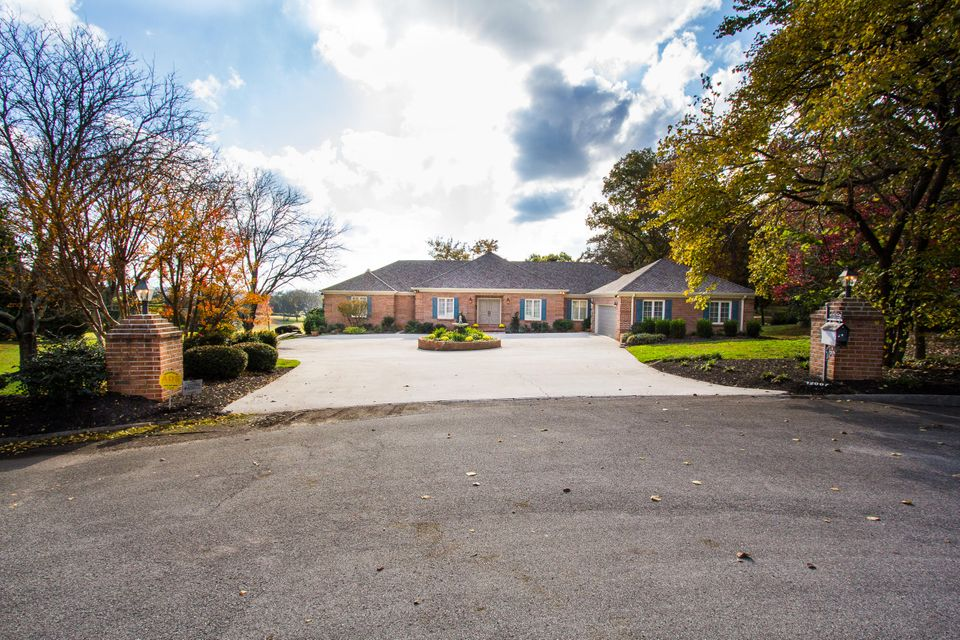 Single Family Home for Sale at 12007 S Fox Den Drive 12007 S Fox Den Drive Knoxville, Tennessee 37934 United States