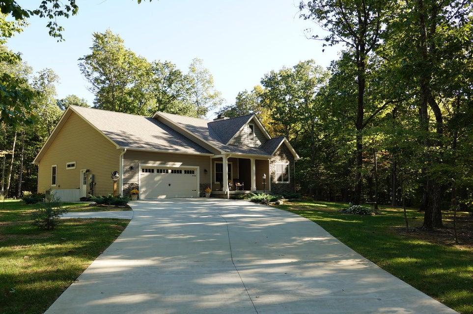Частный односемейный дом для того Продажа на 1345 Overlook Circle 1345 Overlook Circle Cookeville, Теннесси 38506 Соединенные Штаты