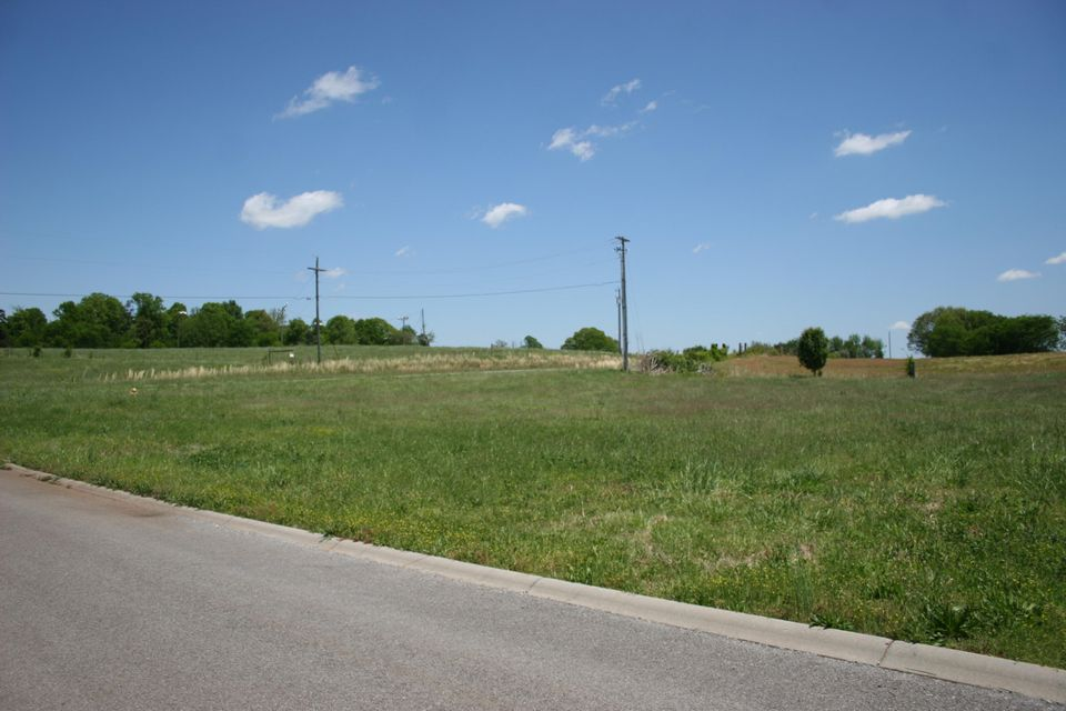 Additional photo for property listing at Rockwell Blvd Rockwell Blvd Madisonville, Tennessee 37354 Estados Unidos