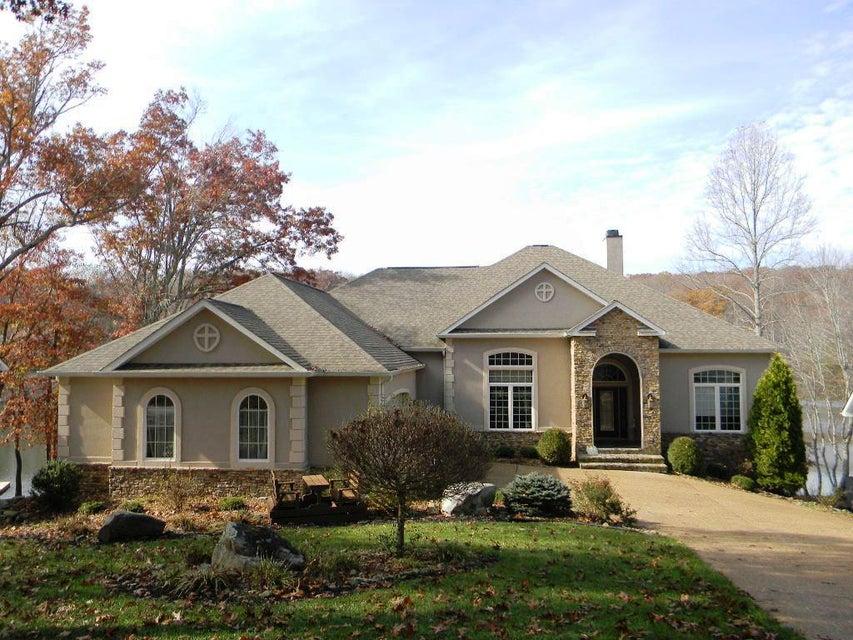 Casa Unifamiliar por un Venta en 111 Sherwood Circle 111 Sherwood Circle Fairfield Glade, Tennessee 38558 Estados Unidos