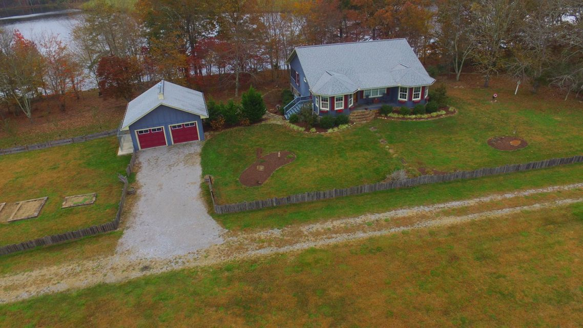 Single Family Home for Sale at 399 Bunkhouse Road 399 Bunkhouse Road Spencer, Tennessee 38585 United States