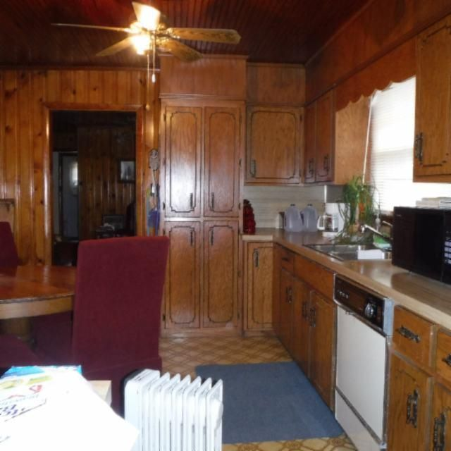 Additional photo for property listing at 4180 Bakerton Road Road 4180 Bakerton Road Road Red Boiling Springs, Tennessee 37150 États-Unis
