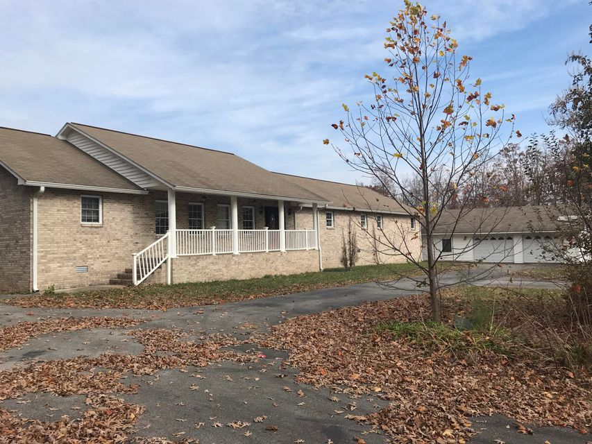 Single Family Home for Sale at 7180 Wassom Memorial Hwy 7180 Wassom Memorial Hwy Grandview, Tennessee 37337 United States