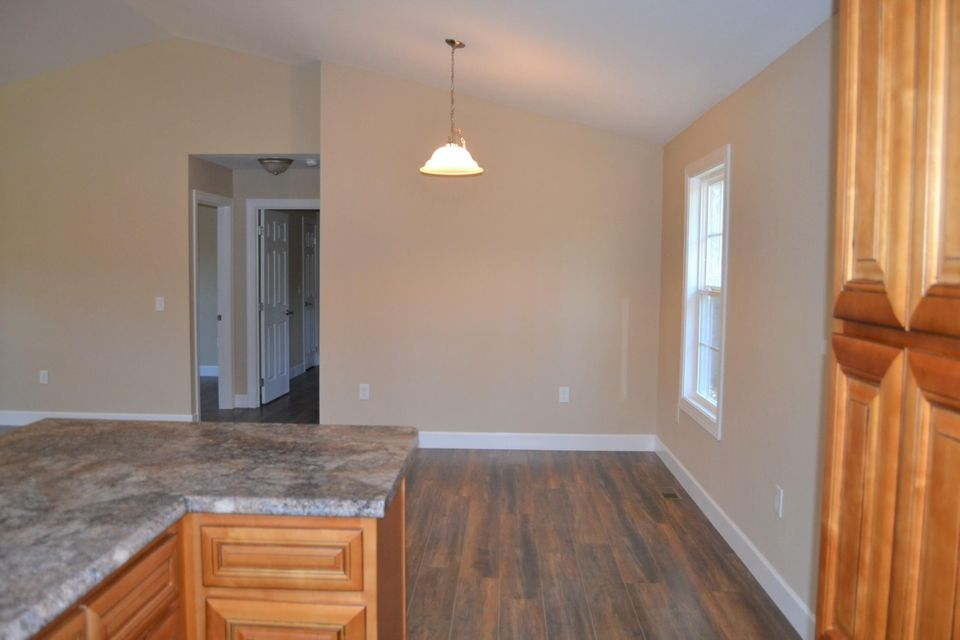 Additional photo for property listing at 721 Villageway 721 Villageway Crossville, 田纳西州 38555 美国