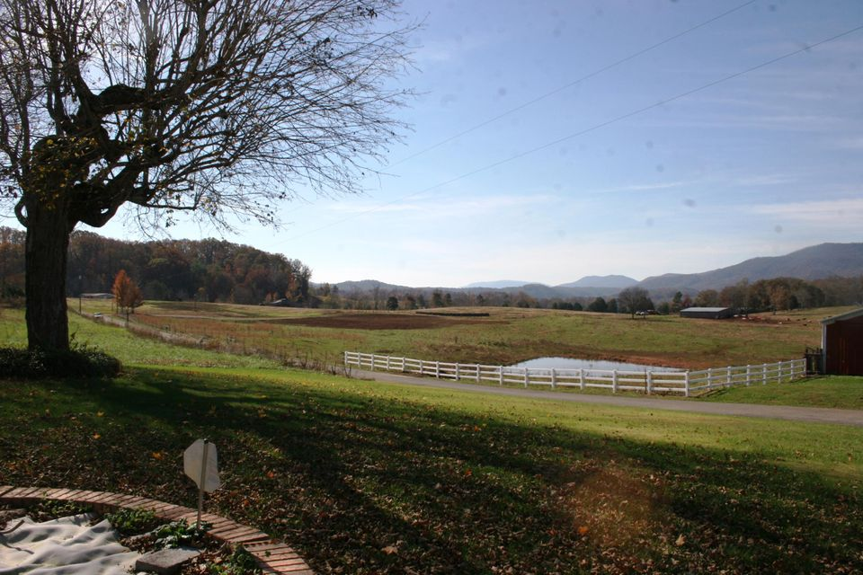 Additional photo for property listing at 143 Old Mill Road 143 Old Mill Road Tellico Plains, Теннесси 37385 Соединенные Штаты