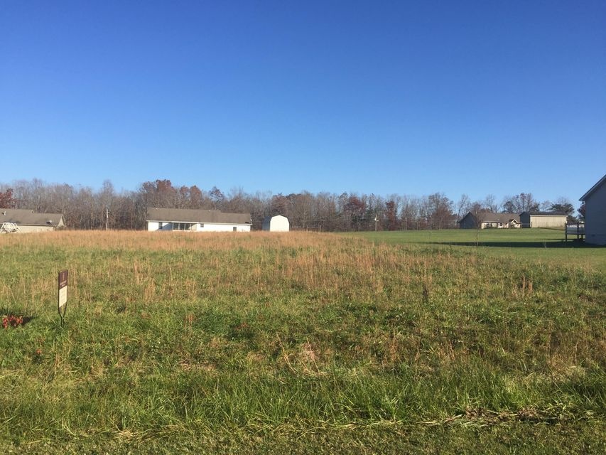 Additional photo for property listing at Adams Creek Road Adams Creek Road Crossville, Tennessee 38571 États-Unis