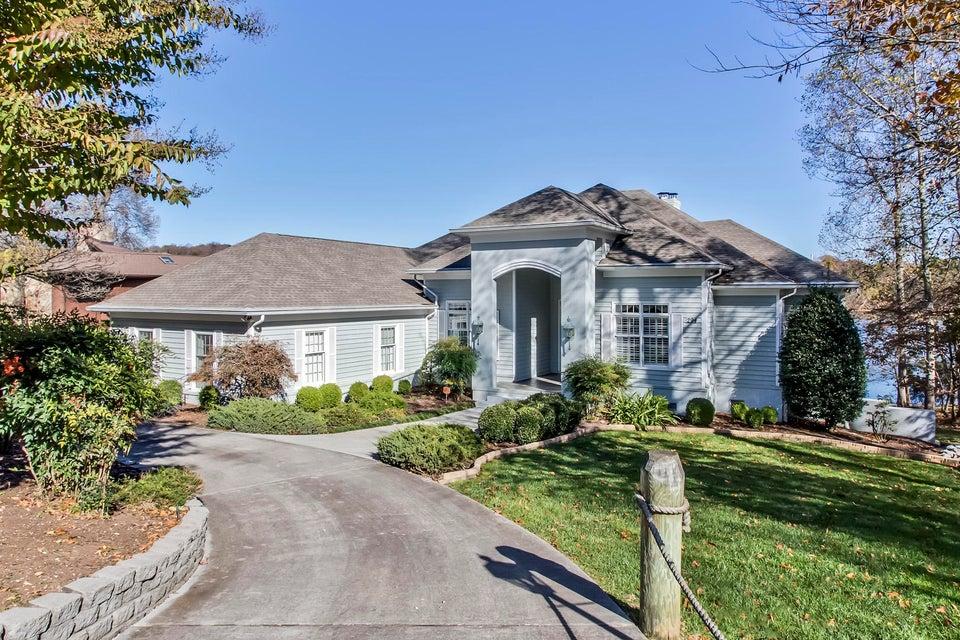 Частный односемейный дом для того Продажа на 294 Cheestana Way 294 Cheestana Way Loudon, Теннесси 37774 Соединенные Штаты