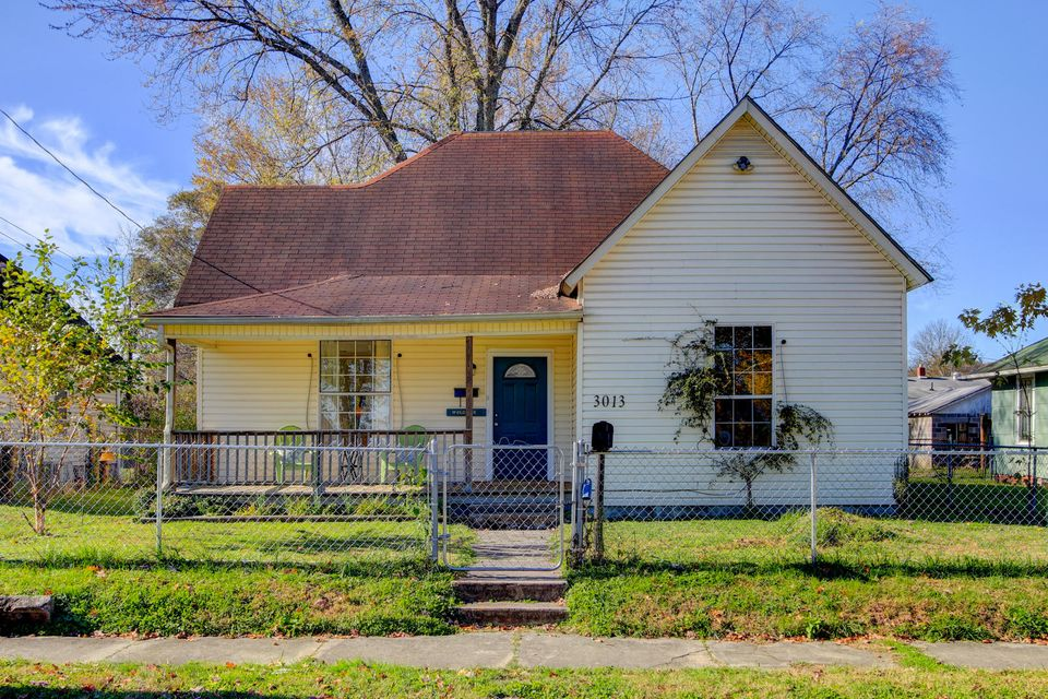 Single Family Home for Sale at 3013 Galbraith Street 3013 Galbraith Street Knoxville, Tennessee 37921 United States