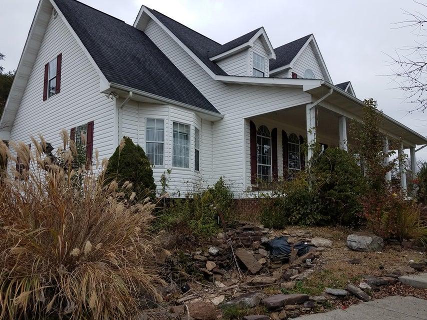 独户住宅 为 销售 在 8380 Tazewell Hwy 8380 Tazewell Hwy Sneedville, 田纳西州 37869 美国