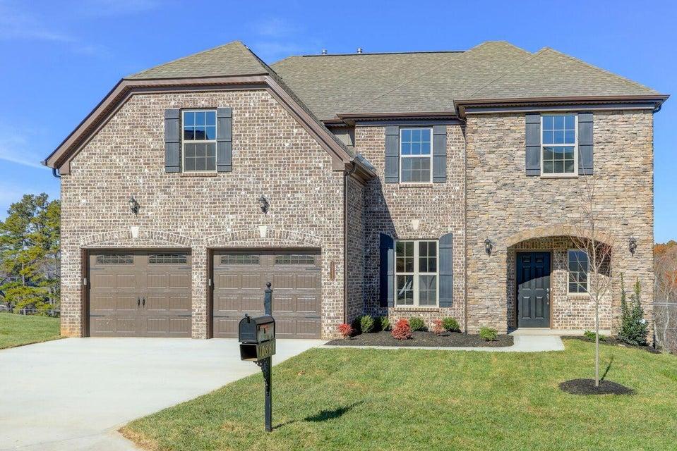 独户住宅 为 销售 在 10861 Laurel Glade Lane 10861 Laurel Glade Lane 诺克斯维尔, 田纳西州 37932 美国