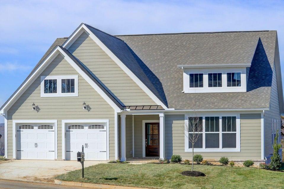 独户住宅 为 销售 在 10869 Laurel Glade Lane 10869 Laurel Glade Lane 诺克斯维尔, 田纳西州 37932 美国