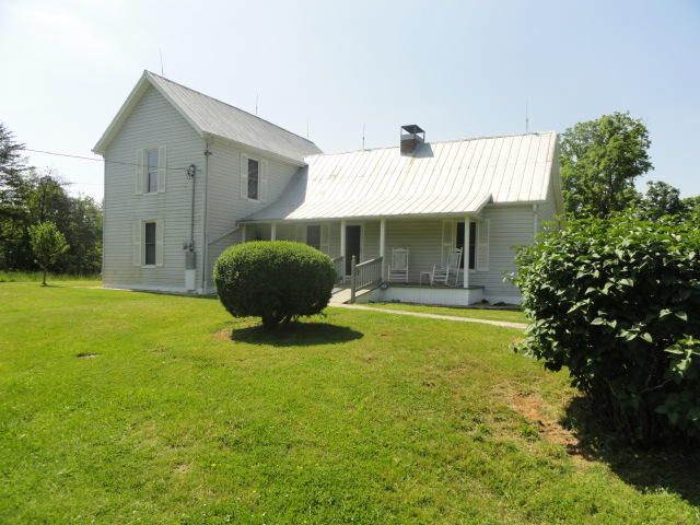 Single Family Home for Sale at 727 Thorn Grove Pike 727 Thorn Grove Pike Strawberry Plains, Tennessee 37871 United States