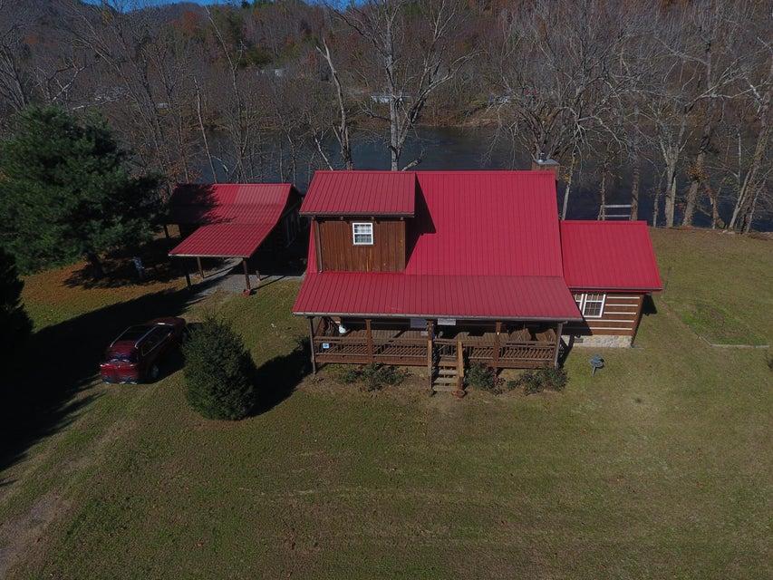 Частный односемейный дом для того Продажа на 201 Pond Curve Way 201 Pond Curve Way Del Rio, Теннесси 37727 Соединенные Штаты