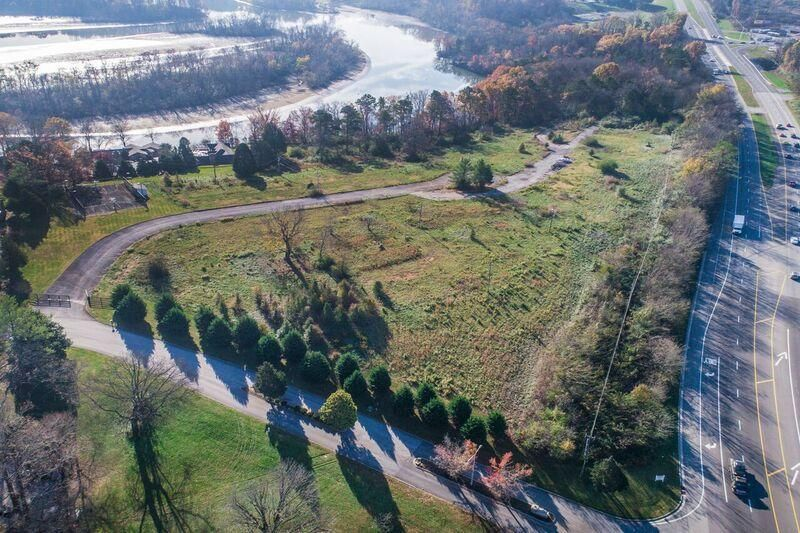 Land for Sale at Riverlake Court Riverlake Court Alcoa, Tennessee 37701 United States