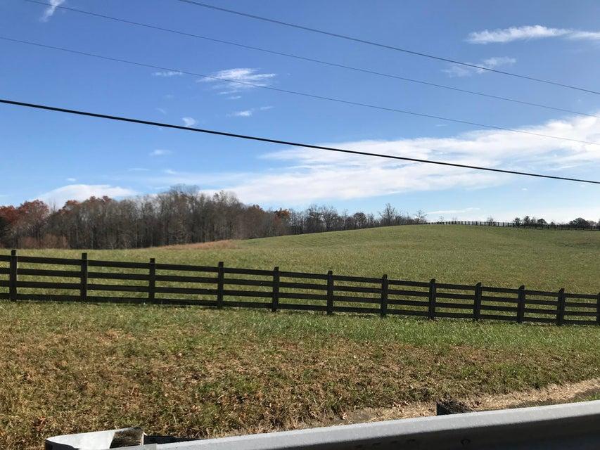 Земля для того Продажа на Leatherwood Ford Road Leatherwood Ford Road Jamestown, Теннесси 38556 Соединенные Штаты