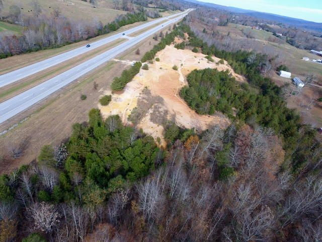 土地 为 销售 在 15.50 Memorial Highway 15.50 Memorial Highway Doyle, 田纳西州 38559 美国