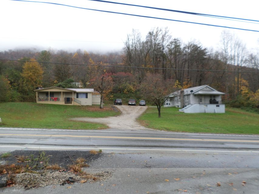 Single Family Home for Sale at 1886 Fifth Street 1886 Fifth Street Jellico, Tennessee 37762 United States
