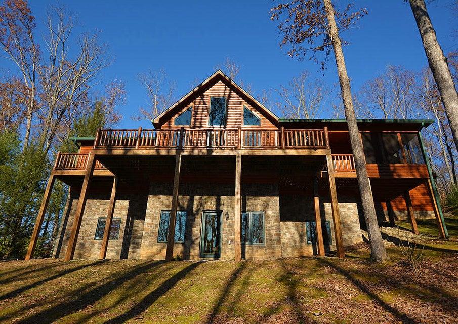 Casa Unifamiliar por un Venta en 130 Sonshine Ridge Road 130 Sonshine Ridge Road Cosby, Tennessee 37722 Estados Unidos