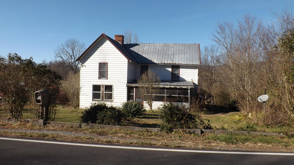 Single Family Home for Sale at 2116 Old Woodway Road 2116 Old Woodway Road Jonesville, Virginia 24263 United States