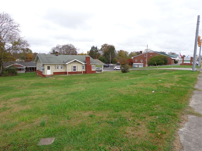 Commercial for Sale at 146 W Broadway Blvd 146 W Broadway Blvd Jefferson City, Tennessee 37760 United States