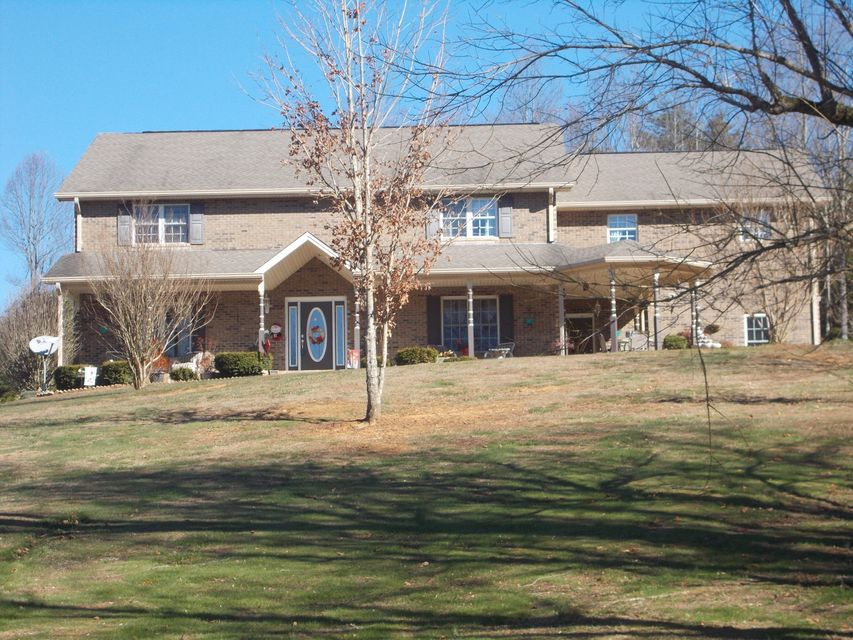 Additional photo for property listing at 100 Crenshaw Way 100 Crenshaw Way Chuckey, Tennessee 37641 États-Unis