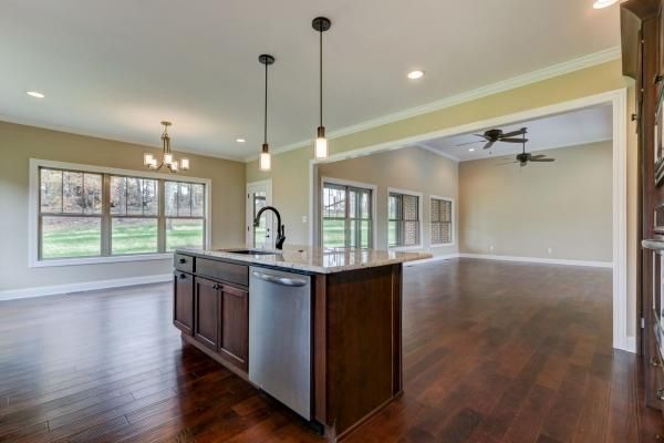 Additional photo for property listing at 1044 Cobblestone Drive 1044 Cobblestone Drive Lenoir City, Теннесси 37771 Соединенные Штаты