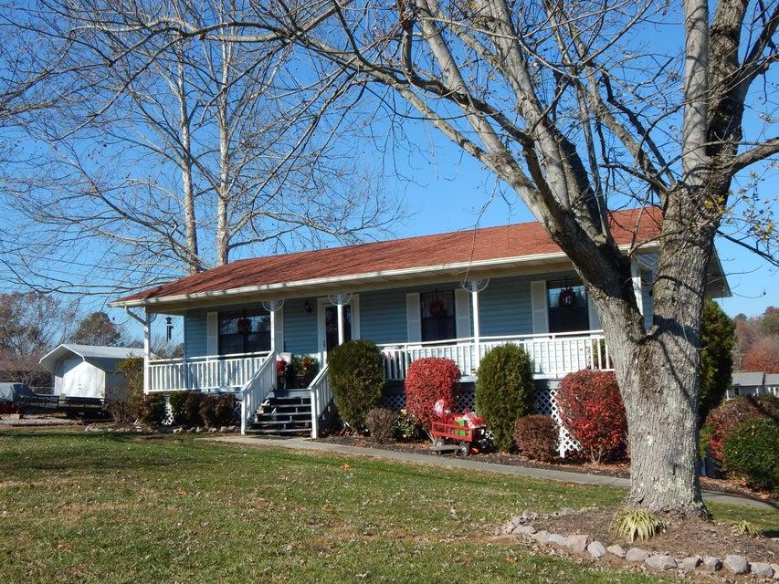 独户住宅 为 销售 在 708 Winston Drive 708 Winston Drive 西摩, 田纳西州 37865 美国