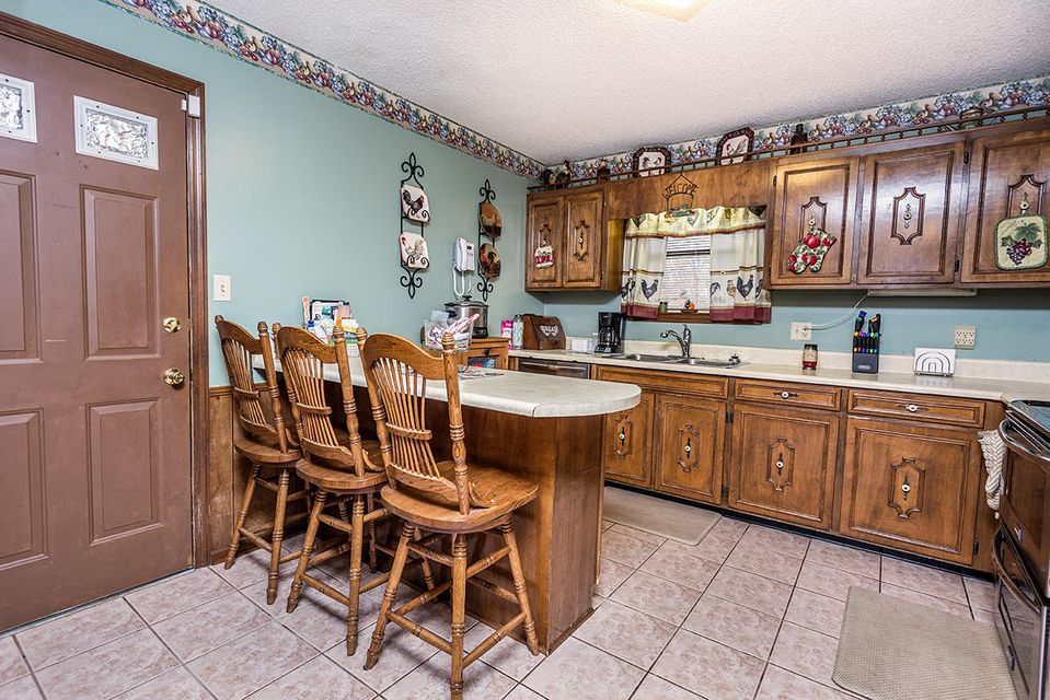 Additional photo for property listing at 124 NW Gary Drive 124 NW Gary Drive Charleston, Tennessee 37310 États-Unis