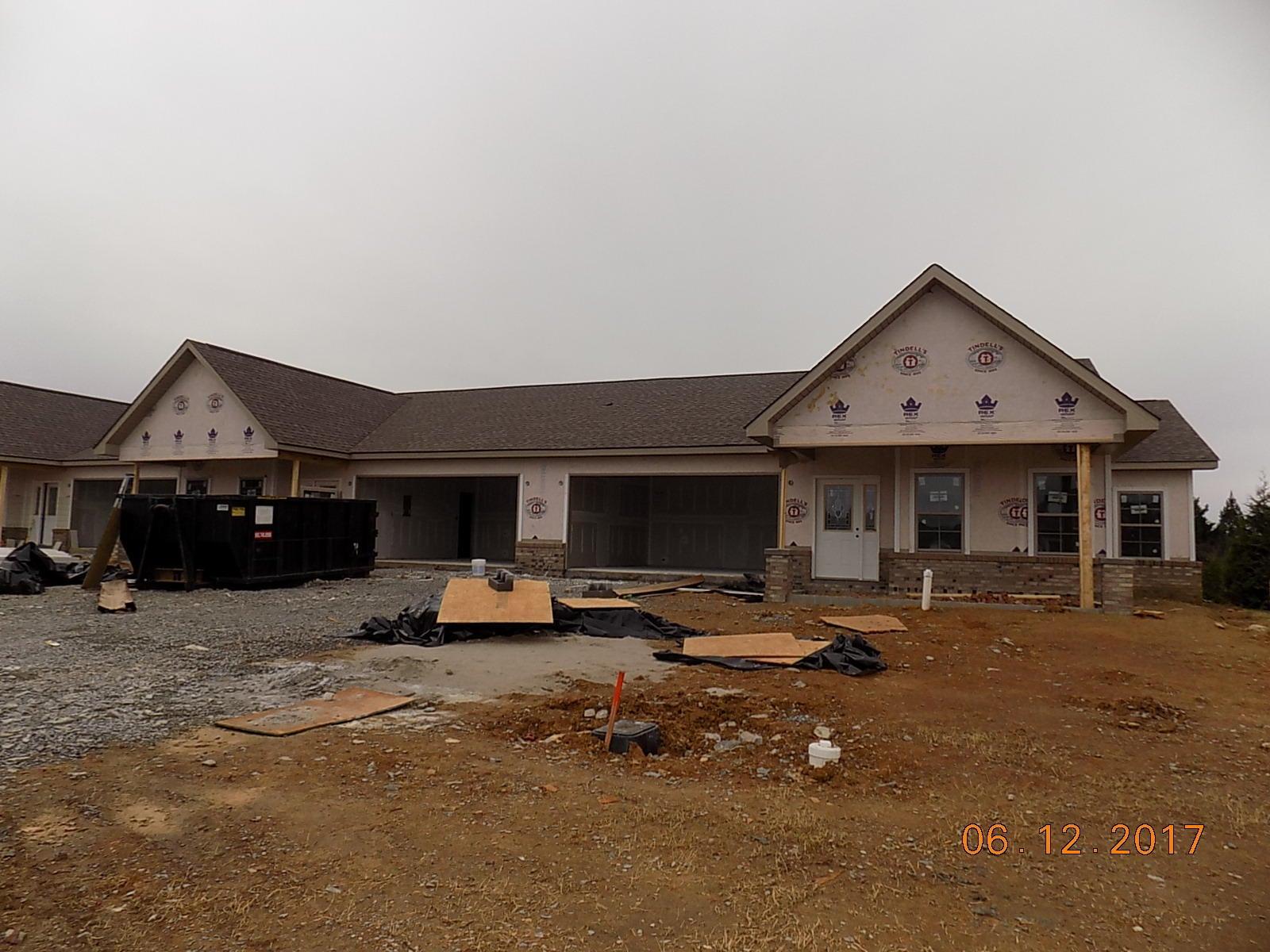 独户住宅 为 销售 在 111 & 115 Blue Phlox Lane 111 & 115 Blue Phlox Lane Andersonville, 田纳西州 37705 美国