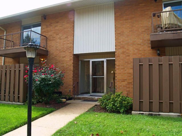 Condominium for Sale at 3104 N Broadway Street 3104 N Broadway Street Knoxville, Tennessee 37917 United States