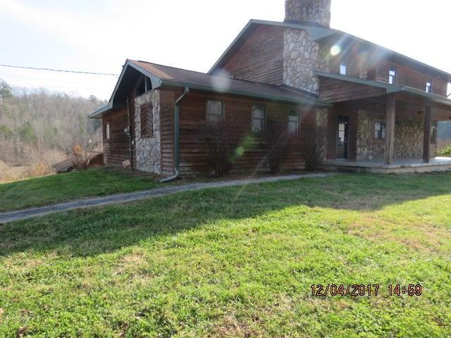独户住宅 为 销售 在 5764 Harriman Hwy 5764 Harriman Hwy Oliver Springs, 田纳西州 37840 美国