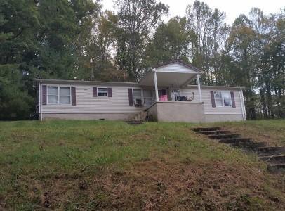 Casa Unifamiliar por un Venta en 144 Welch Way Drive 144 Welch Way Drive Rose Hill, Virginia 24281 Estados Unidos