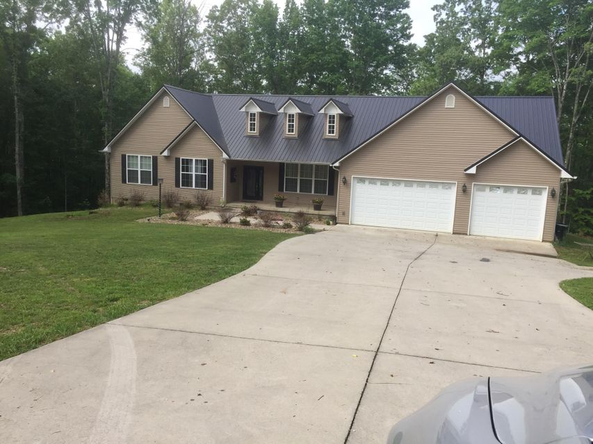 Single Family Home for Sale at 778 Cassell Road 778 Cassell Road Oliver Springs, Tennessee 37840 United States