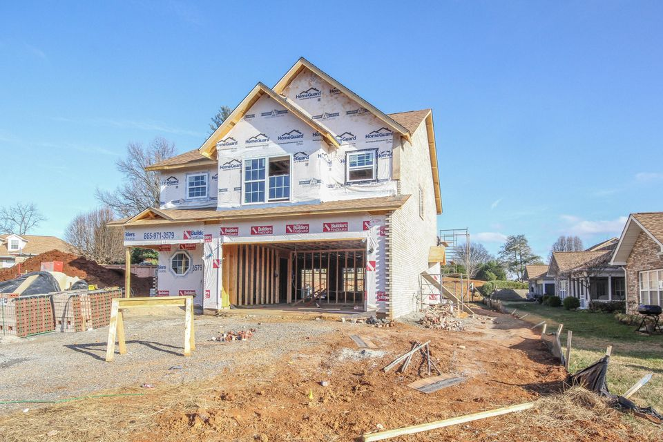 Additional photo for property listing at 214 Winged Foot Drive 214 Winged Foot Drive Maryville, Tennessee 37801 United States